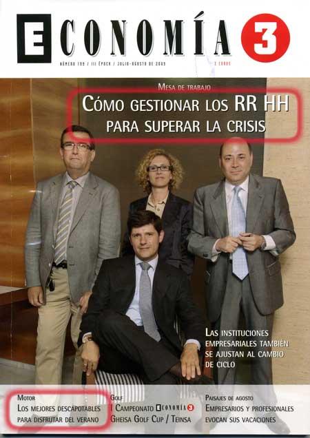 Portada de Economía 3 con artículos sobre la gestión de RRHH para superar la crisis, y los mejores descapotables para el verano